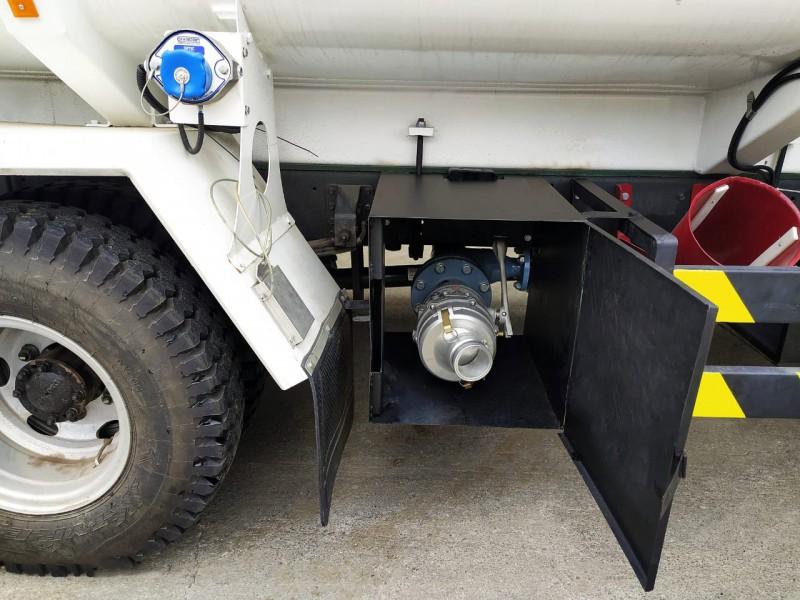 bottom loading